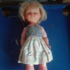 Muñecas Modernas: ANTIGUA MUÑECA. Lote 100651547