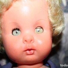 Muñecas Modernas: ANTIGUA MUÑECA FURGA. Lote 101366191
