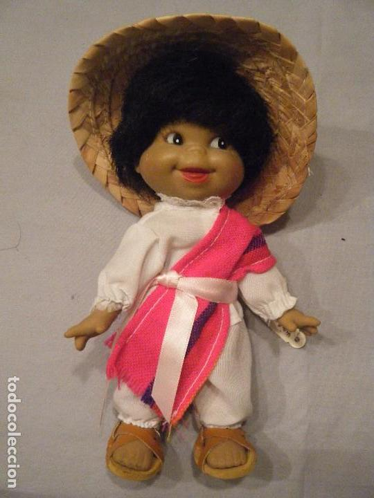 SIMPÁTICO MUÑECO MEXICANO. (Juguetes - Muñeca Extranjera Moderna - Otras Muñecas)