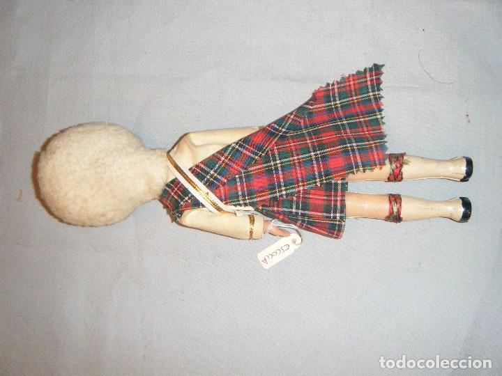Muñecas Modernas: ANTIGUO MUÑECO DE LA GUARDIA REAL DE ESCOCIA. OJOS DURMIENTES - Foto 3 - 102440347