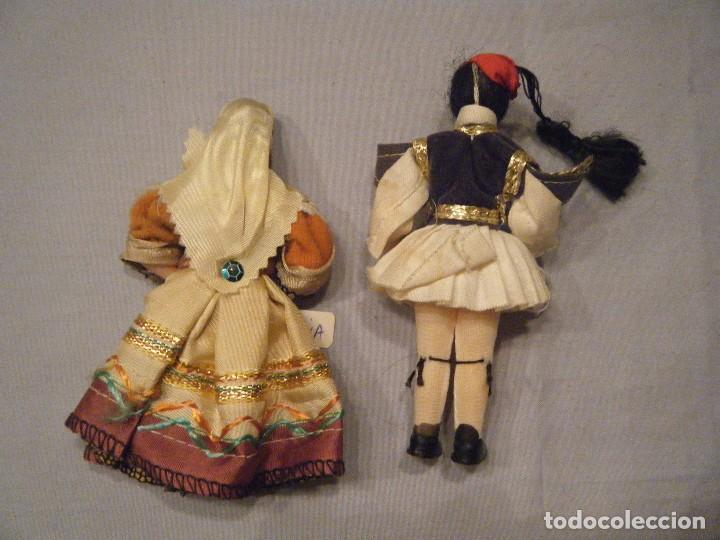 Muñecas Modernas: ANTIGUA PAREJA DE MUÑECOS GRIEGOS. - Foto 2 - 102441019