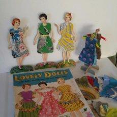 Muñecas Modernas: SET MUÑECAS DE 1952. CAJA ORIGINAL. CON VESTIDOS DE TELA. MUÑECA ANTIGUA.. Lote 104869775