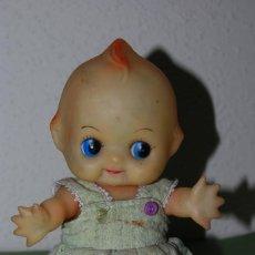 Muñecas Modernas: MUÑECA KEWPIE - VESTIDO DE TELA - AÑOS 60. Lote 105776367