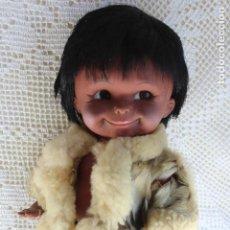 Muñecas Modernas: MUÑECO ESQUIMAL DE CANADA REGAL MADE IN CANADÁ. AÑOS 60. Lote 107514699