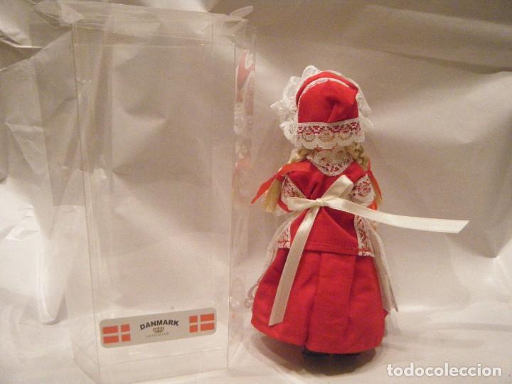 Muñecas Modernas: MUÑECA DE DINAMARCA EN SU CAJA. AÑOS 90 - Foto 2 - 107758159