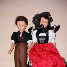 Muñecas Modernas: PAREJA DE ANTIGUAS MUÑECAS ARTICULADAS EMA - MADE IN SWIZERLAND. Lote 107790007