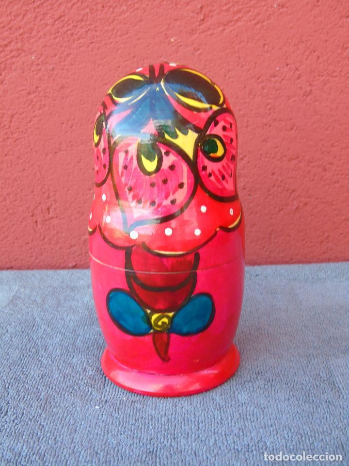 Muñecas Modernas: MATRIUSKA, MATRIOSHKA. 5 MUÑECAS ENCAJABLES DE MADERA, DECORACIÓN A MANO - Foto 3 - 109609383