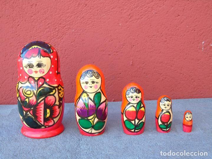 Muñecas Modernas: MATRIUSKA, MATRIOSHKA. 5 MUÑECAS ENCAJABLES DE MADERA, DECORACIÓN A MANO - Foto 11 - 109609383