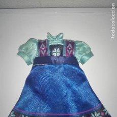 Muñecas Modernas: VESTIDO DE MUÑECA PRINCESA ELSA FROZEN DISNEY TAMAÑO ANIMATORS. Lote 110914099