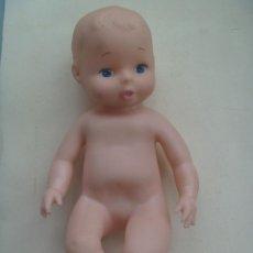 Muñecas Modernas: MUÑECO BEBE PELON MUY CUTRE COMO DE SILICONA .. MADE IN CHINA 1975. Lote 111501795