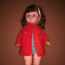 Excepcional lote formado por la muñeca Lidia habladora de Novo Gama y el Bebe risitas de Hetro