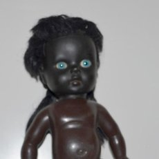 Muñecas Modernas: ANTIGUA MUÑECA NEGRA. TRAÍDA DE BRASIL. AÑOS 70.. Lote 112679647