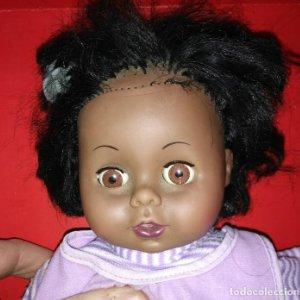 Muñeca 40cm se mueven los ojos