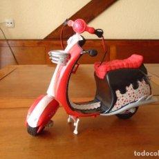 Muñecas Modernas: MOTO DE MUÑECA MONSTER HIGH. Lote 118035383