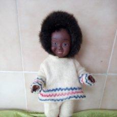 Muñecas Modernas: ANTIGUA MUÑECA ESQUIMAL KOWEEKA ,AMERICANA D & C1960. Lote 120066455