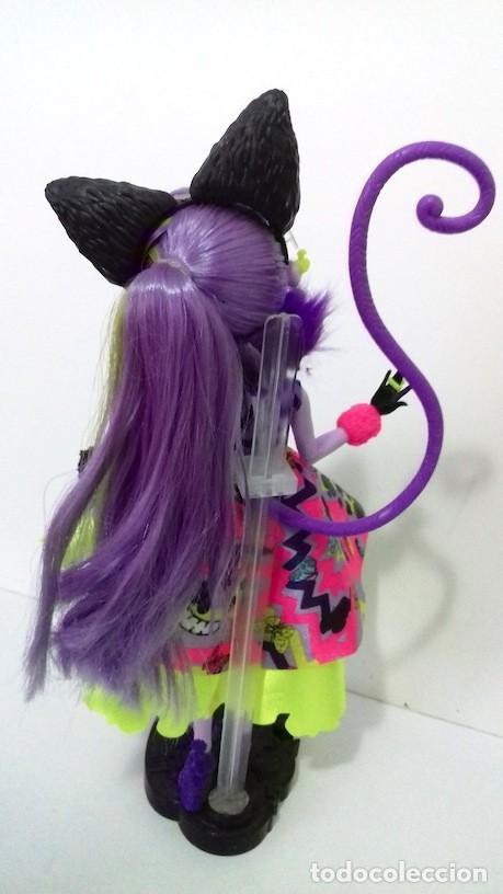 Muñecas Modernas: Muñeca Ever After High Gatita Kitty Cheshire 2015 Del País de las Maravillas Way too Wonderland - Foto 4 - 120278283
