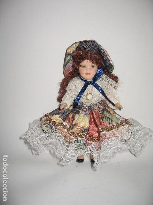 MUÑECA DE COLECCIÓN DE PORCELANA (Juguetes - Muñeca Extranjera Moderna - Otras Muñecas)