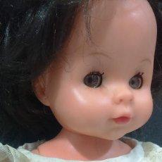 Muñecas Modernas: PEQUEÑA MUÑECA OJOS MARGARITA ITALIANA? FURGA?. Lote 120858003