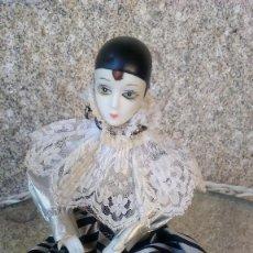 Muñecas Modernas: PIERROT EN PORCELANA. Lote 121081743