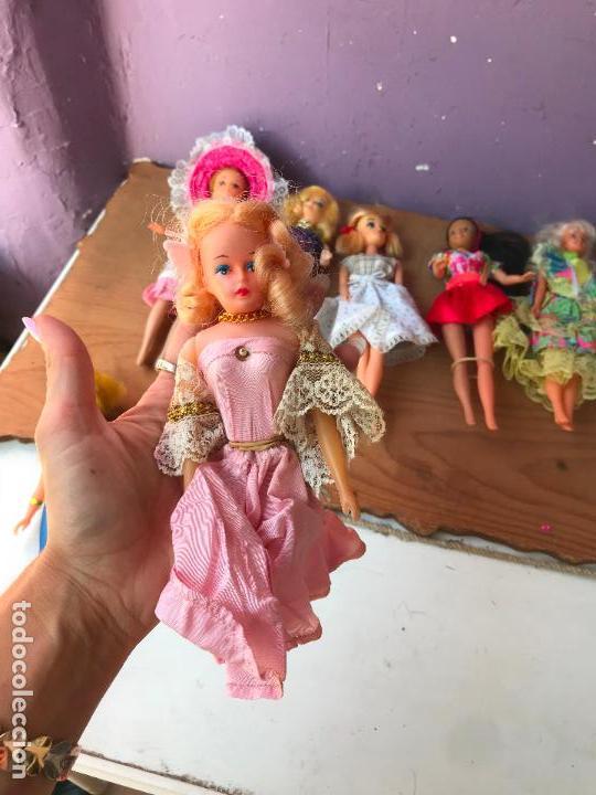 Muñecas Modernas: Lote de 58 muñecas tipo barbie años 70/80 - Foto 8 - 124678399
