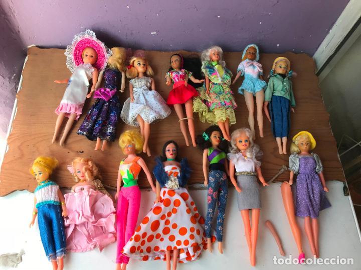 Muñecas Modernas: Lote de 58 muñecas tipo barbie años 70/80 - Foto 14 - 124678399