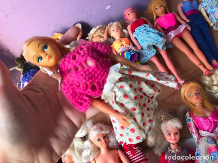 Muñecas Modernas: Lote de 58 muñecas tipo barbie años 70/80 - Foto 20 - 124678399