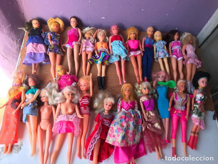 Muñecas Modernas: Lote de 58 muñecas tipo barbie años 70/80 - Foto 27 - 124678399