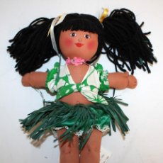Muñecas Modernas: MUÑECA (HULA BABY) HAWAIANA DE PAÑO CON ETIQUETA.. Lote 131537362
