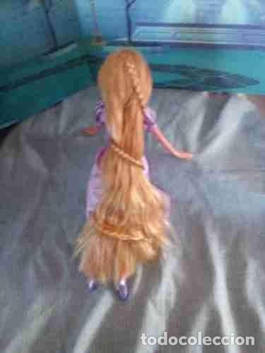 Muñecas Modernas: preciosa muñeca Rapunzel de disney con larga trenza leer - Foto 2 - 131651042