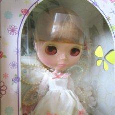 Muñecas Modernas: MUÑECA TAKARA NEO BLYTHE HASBRO - WHITE MAGIC AFTERNOON 2005 NUEVA EN SU CAJA CUSTOM OOAK. Lote 141435128