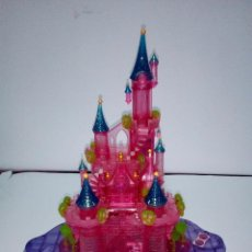 Muñecas Modernas: DISNEY CASTILLO TRANSFORMABLE CON LUZ-BLUEBIRD POLLY POCKET -. Lote 133570190