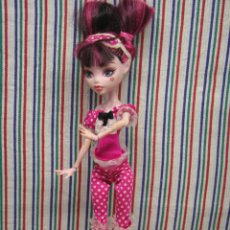 Muñecas Modernas: MONSTER HIGH DRACULAURA 2008. Lote 134993210