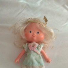 Modern Dolls - Tarta de Fresa de los 80: Muñeca Cabello de Ángel - 136171430