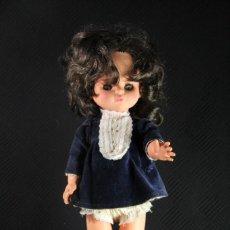 Muñecas Modernas: PRECIOSA MUÑECA ITALIANA FURGA TIPO MANIQUÍ CON PRECIOSO CABELLO Y VESTIDA DE ORIGEN. Lote 137109062