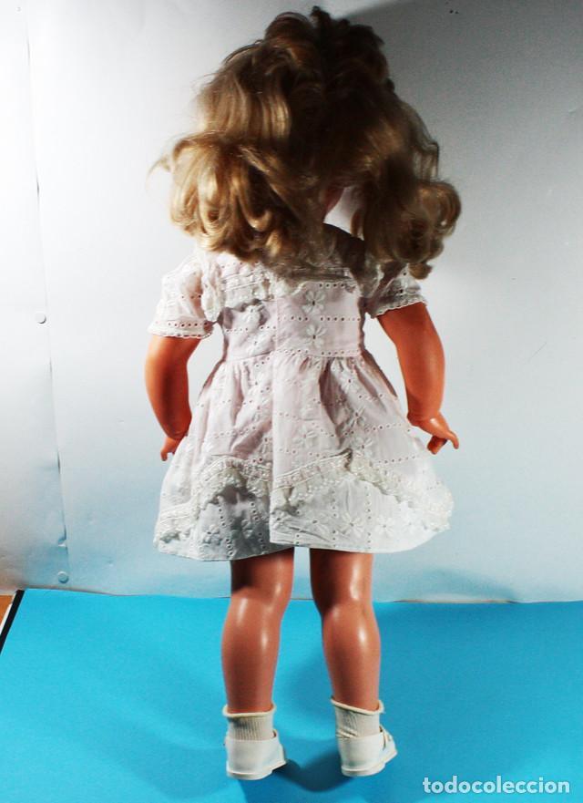 Muñecas Modernas: RARA MUÑECA FRANCESA RAYNAL MARGARETH ¿1964? 60 CM ALTO - Foto 3 - 138616362