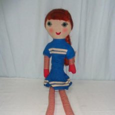Muñecas Modernas: MUÑECA ANTIGUA DE MEDIO SIGLO. Lote 139881166