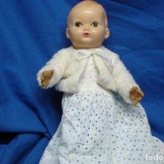 Muñecas Modernas: MUÑECA/O INGLESA AÑOS 70/80 CON SU ROPA ORIGINAL. Lote 140120294