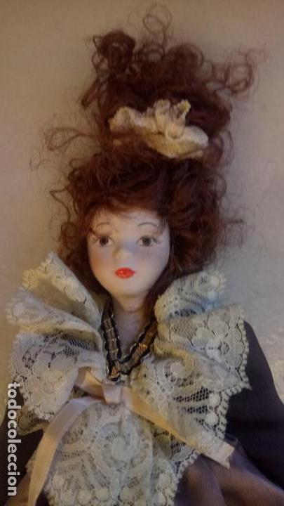 Muñecas Modernas: Antigua muñeca de Europa con precioso vestido . porcelana - Foto 2 - 142781806