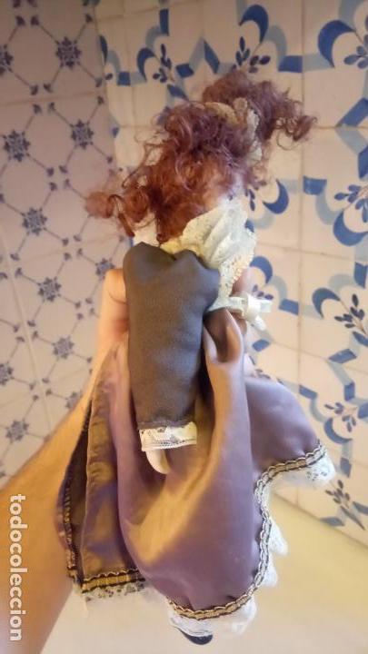 Muñecas Modernas: Antigua muñeca de Europa con precioso vestido . porcelana - Foto 7 - 142781806