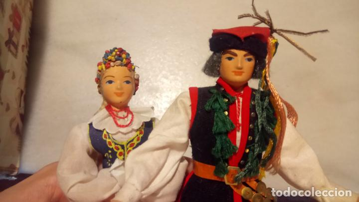 Muñecas Modernas: Antiguas muñecas con vestidos tradicionales - Foto 7 - 142782354