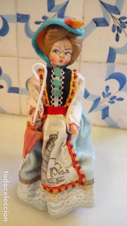ANTIGUA MUÑECA DURMIENTE DE PISA / ITALIA DE ROPA (Juguetes - Muñeca Extranjera Moderna - Otras Muñecas)