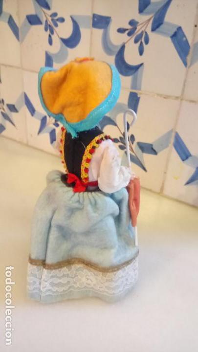 Muñecas Modernas: Antigua muñeca durmiente de pisa / italia de ropa - Foto 3 - 142785978