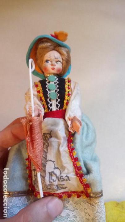Muñecas Modernas: Antigua muñeca durmiente de pisa / italia de ropa - Foto 5 - 142785978