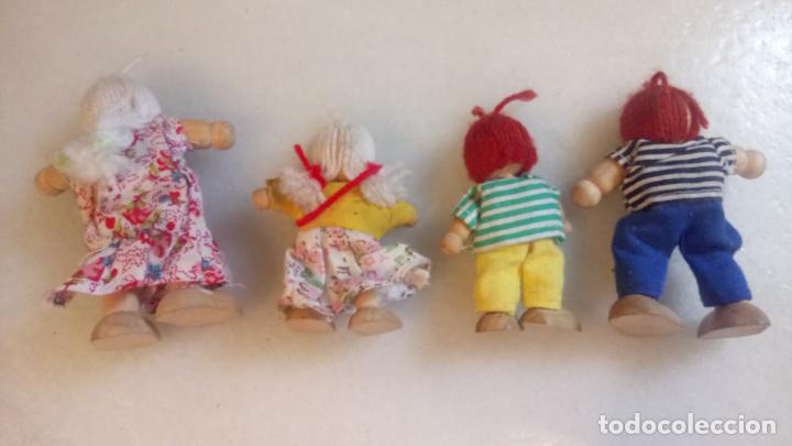 Muñecas Modernas: Antiguas muñecas de madera. Familia de pelirrojas y rubias . pareja de muñecos - Foto 4 - 142787874