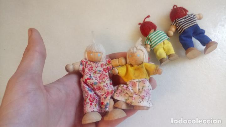 Muñecas Modernas: Antiguas muñecas de madera. Familia de pelirrojas y rubias . pareja de muñecos - Foto 5 - 142787874