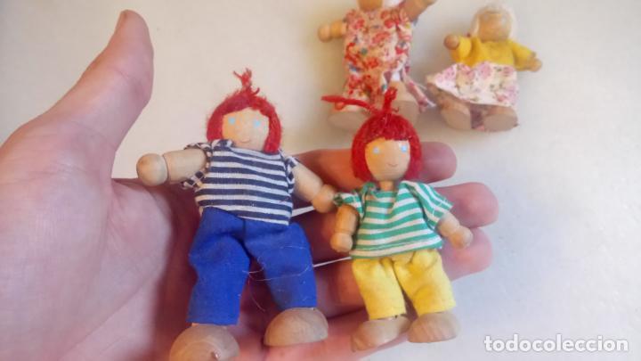 Muñecas Modernas: Antiguas muñecas de madera. Familia de pelirrojas y rubias . pareja de muñecos - Foto 6 - 142787874