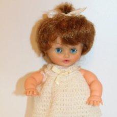 Muñecas Modernas: MUÑECA BEBE FRANCESA MARCA BELLA - AÑOS 70. Lote 143082730