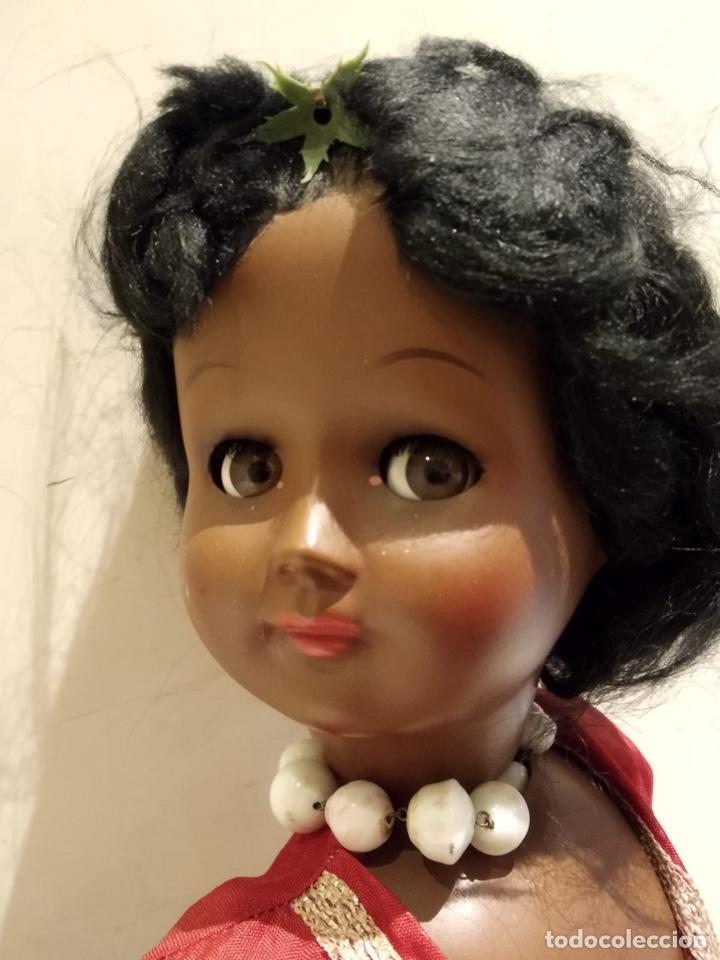 Muñecas Modernas: Muñeca negra creo que italiana, marcada - Foto 2 - 147245553