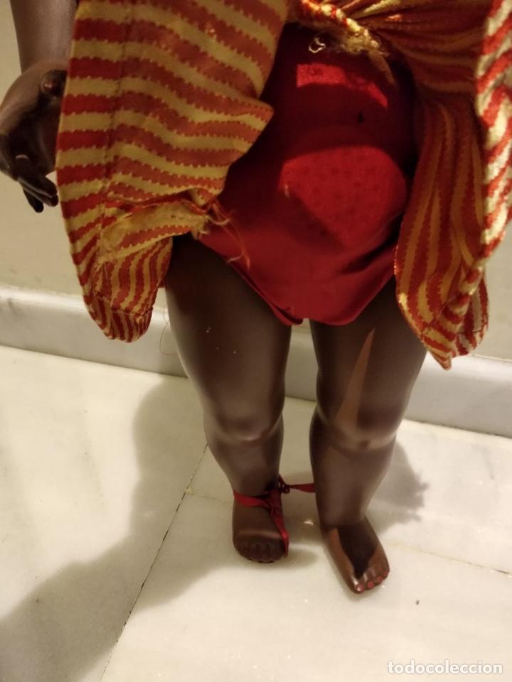 Muñecas Modernas: Muñeca negra creo que italiana, marcada - Foto 6 - 147245553