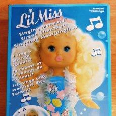 Muñecas Modernas: MUÑECA LIL MISS SIRENA CANTARINA SINGING MERMAID. CAMBIA DE COLOR. MATTEL REF. 2368. AÑOS 90. NUEVA. Lote 147772918